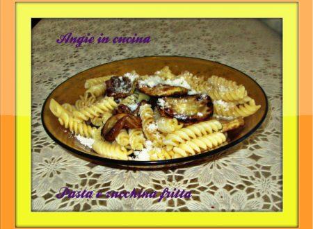 Pasta e zucchina fritta