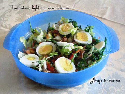 Insalatona light con uovo e tonno