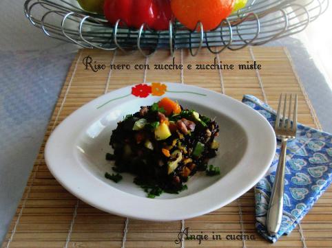 Riso nero con zucche e zucchine miste