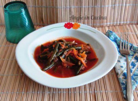 Fagiolino al pomodoro con spaghetti di carote