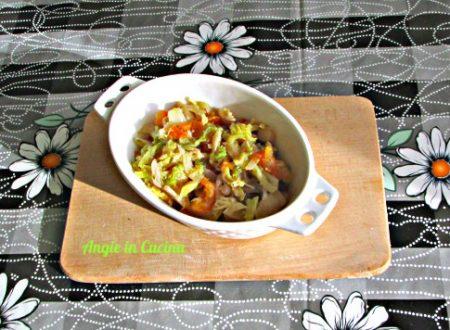 Verza stufata con pomodori  Ricetta light