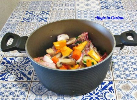 Pollo in brodo con verdure autunnali