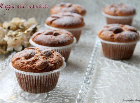 Muffin alle mandorle (anche versione Bimby)