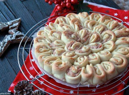 Torta salata con mousse di prosciutto cotto