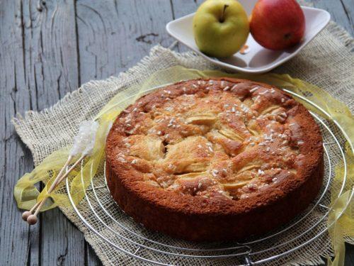 Torta alle mele e yogurt greco (senza burro)