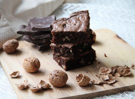Brownies al cioccolato e noci (senza burro)