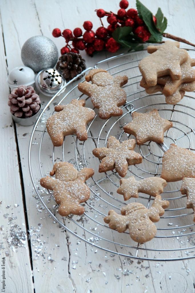 Biscotti Natalizi Speziati alla Panna