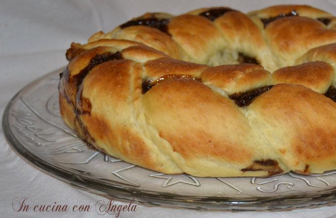 Treccia di pan brioche alla nutella