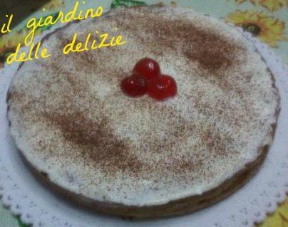 Torta pesche cacao panna montata