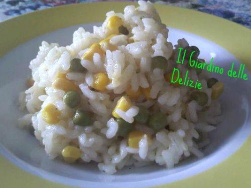 Risotto con mais e piselli, ricetta semplice