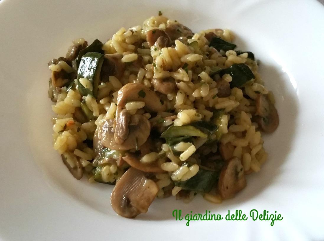 Risotto zucchine e champignon