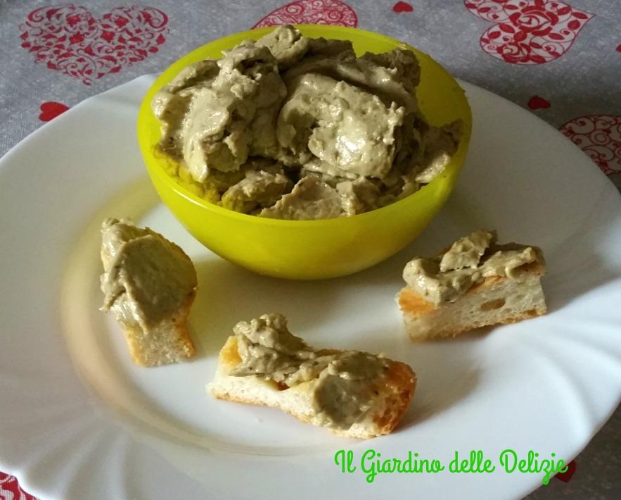 Crema con tonno acciughe ed olive