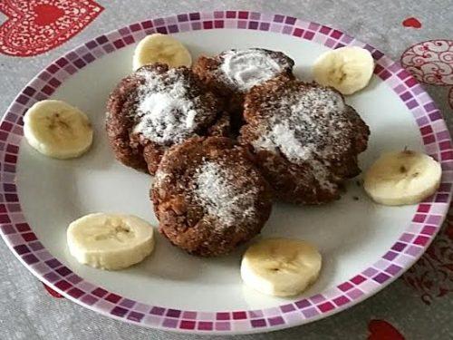 Frittelle di pane raffermo e cioccolato