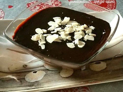 Crema al cacao e cioccolato fondente