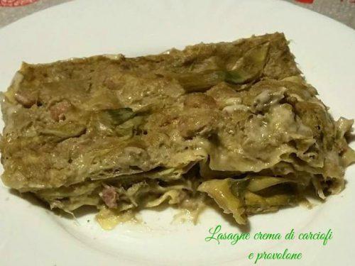 Lasagne con crema di carciofi e provolone