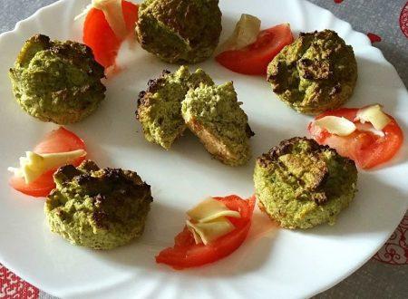 Tortine di broccoli cotto e ricotta