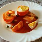 Salsa con pomodori S. Marzano ed uova sode
