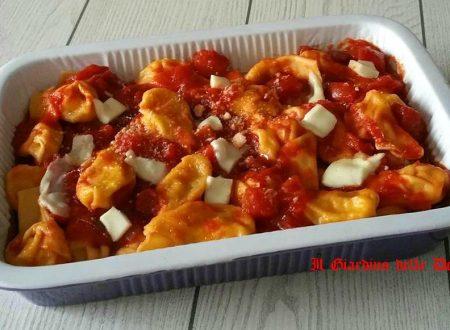 Tortelli di zucca al pomodoro e scamorza affumicata