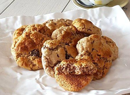 Biscotti al cocco e farina di castagna senza burro
