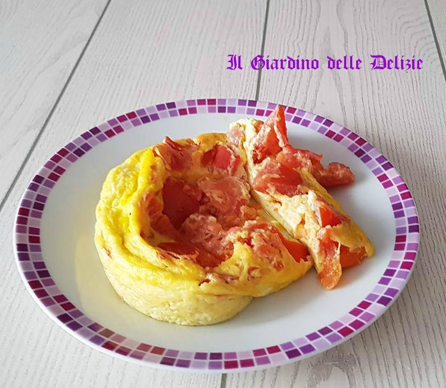 Uova e pomodoro al microonde