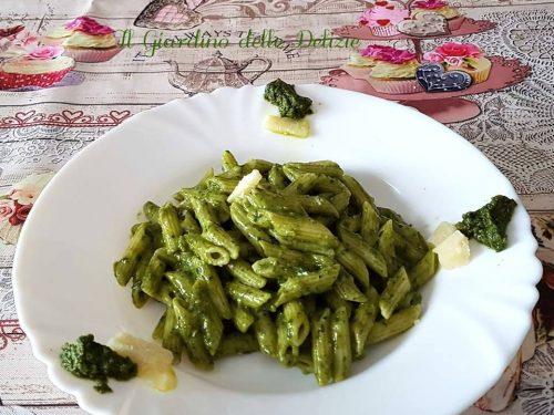 Crema di spinaci senza latte e formaggio
