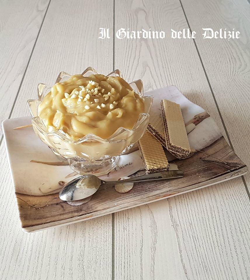 Crema versatile al caffè e cioccolato bianco
