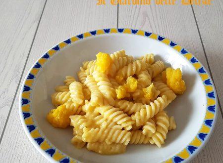 Pasta alla crema di cavolfiore arancione
