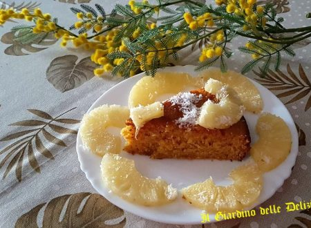 Torta delicata all'ananas