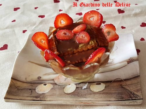Coppetta crema pistacchi e cioccolato
