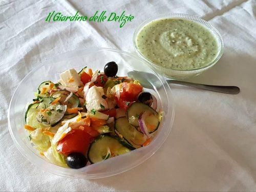 Insalata con salsa Greca