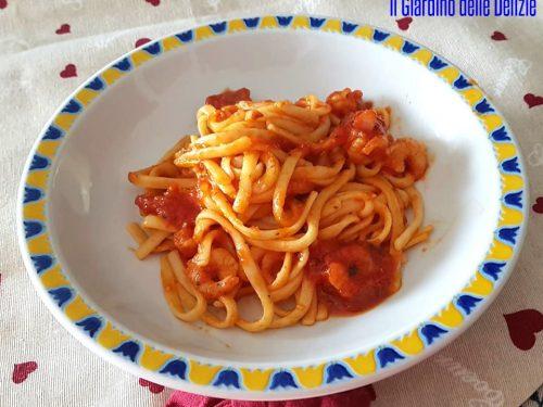 Pasta gamberetti olio aglio e peperoncino