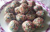 Praline con biscotti e cioccolato, dolci