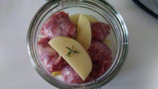 patate e salsiccia in vasocottura al microonde