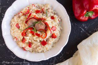 risotto con peperoni e salsiccia
