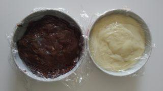 coppe con crema alla vaniglia e cioccolato