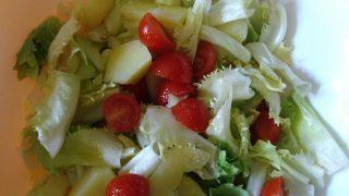insalata di scarole, patate e pomodorino del piennolo