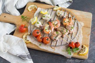 spiedini di pesce alla griglia