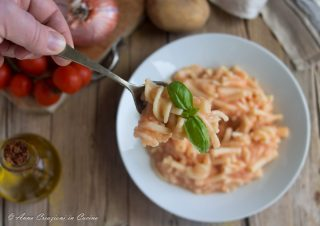 pasta e patate cremosa alla napoletana