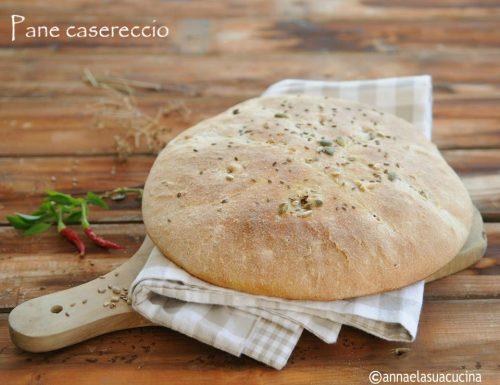 Pane casereccio con farine miste