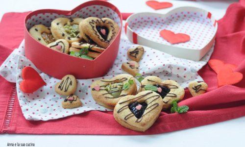 Cuori di biscotti farciti