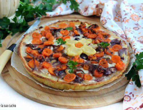 Torta di patate con carote e cipolle