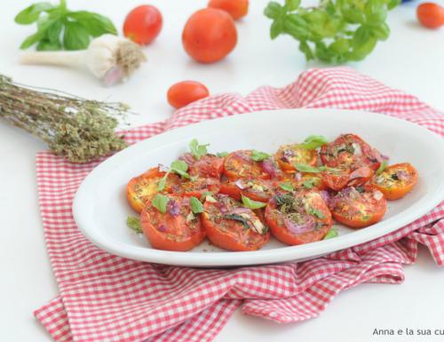 Pomodori aromatizzati al forno