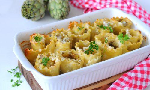 Girelle di lasagne ricce con carciofi