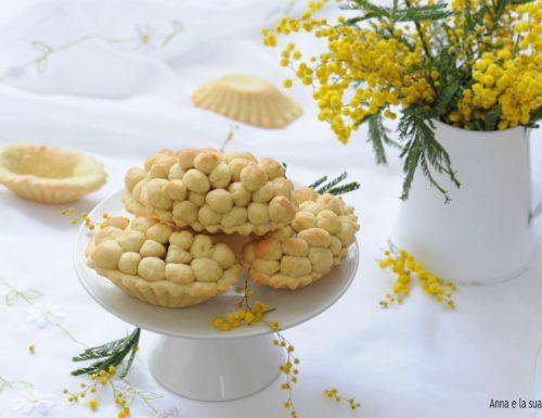 Crostatine mimosa ripiene di crema
