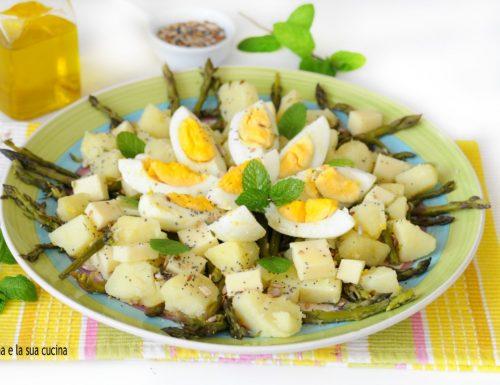 Insalata di asparagi con patate, uova e provolone