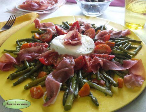 Insalata di verdure cotte e formaggio