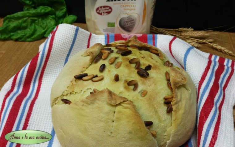 Pane incamiciato al profumo di basilico