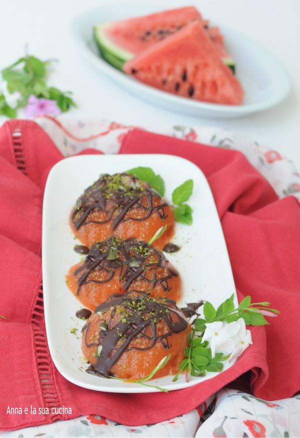 Gelo di anguria con cioccolato e pistacchi