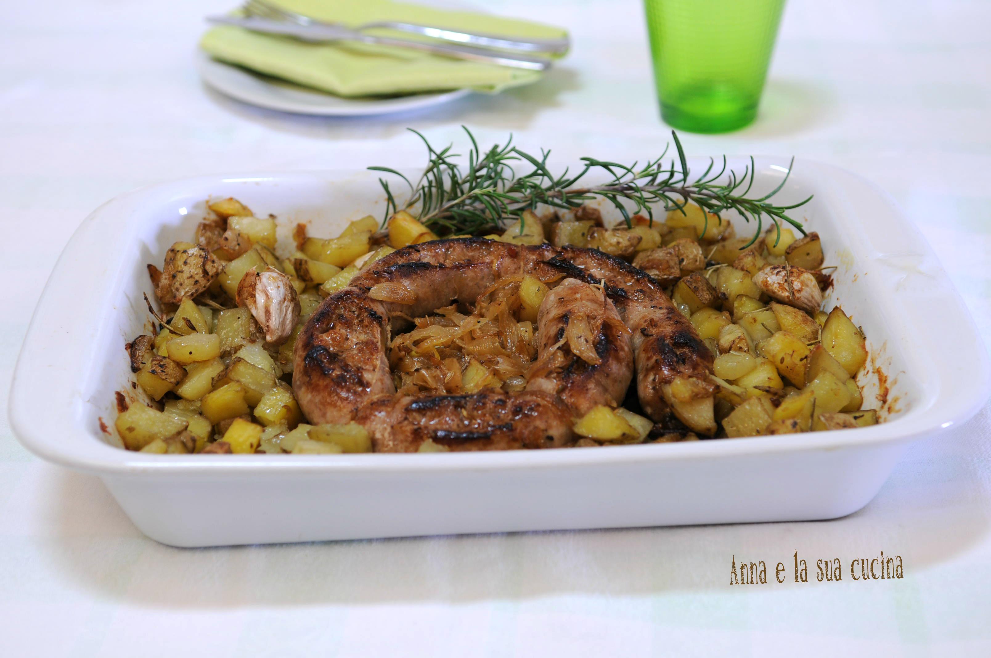 Salsiccia con Patate e Cipolle