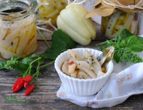 Zucchine di spina bianche sott'olio